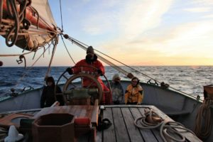 Set sail and steer the Tecla to a new Horizon